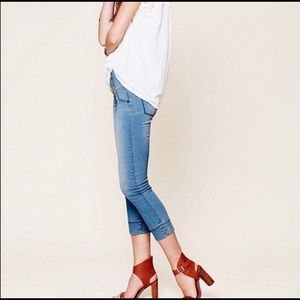Free People skinny crop pull on jeans